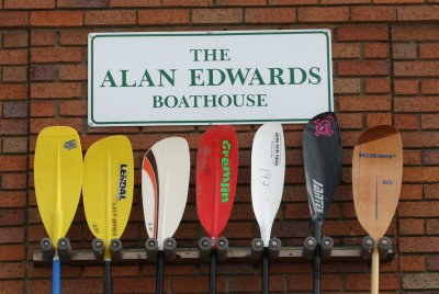 A range of different ly shaped kayak paddle blades